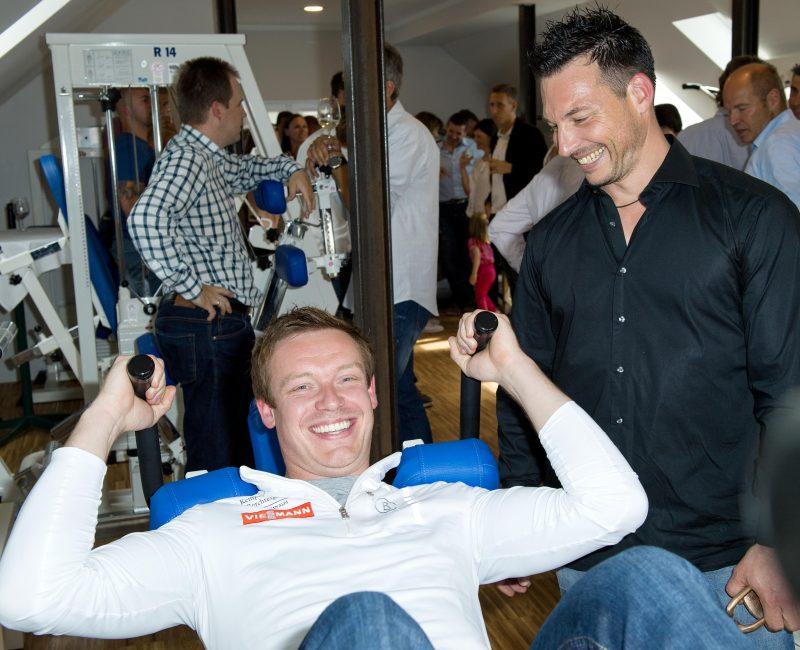 Felix Loch und Marcus Hirschbiel am 03.06.2016 während  der Eröffnung der Personal - Training - Therapie Praxis Hirschbiel in Schönau am Königssee, Berchtesgaden, Bayern,  Deutschland - © ernst-wukits.de